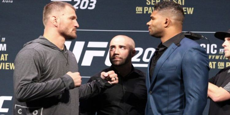 STIPE MIOCIC VS ALISTAIR OVEREEM FACING IN FRONT OF EACH OTHER BEFORE FIGHT