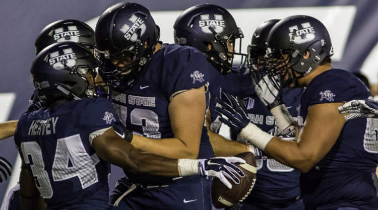 Utah State Aggies Players celebrate