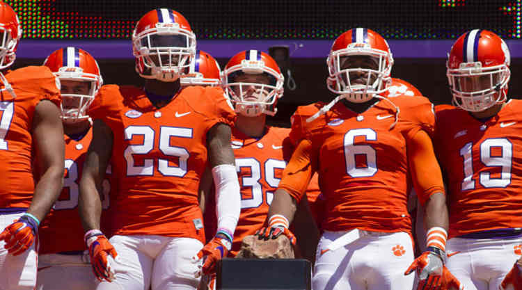 Clemson Tigers Look To The Field