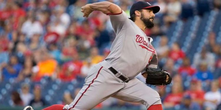 Nationals pitcher Tanner Roark in action