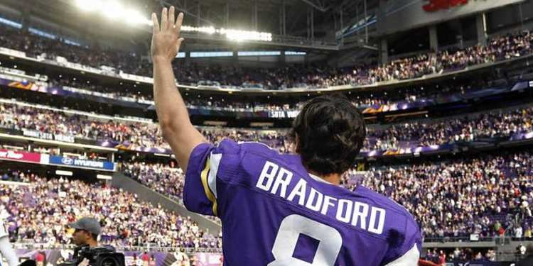 Sam Bradford Salutes the crowd