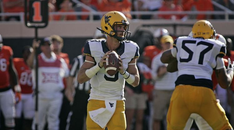 West Virginia Mountaineers QB