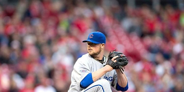 Jon Lester pitching