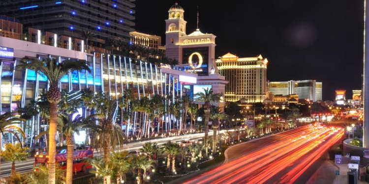 La Vegas at night