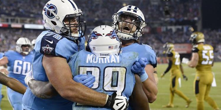 Tennessee Titans players celebrating