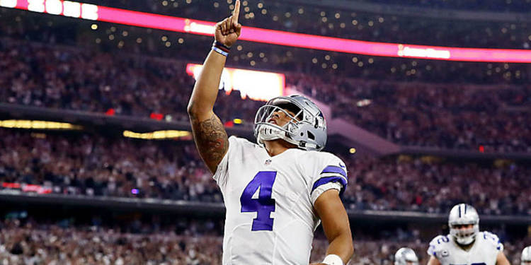 Dak Prescott Pointing To The Sky