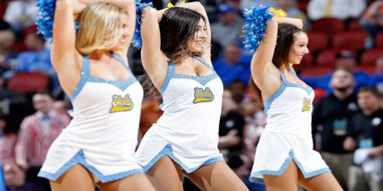 UCLA Bruins Cheerleaders