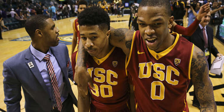 USC Trojans Players Exiting The Court