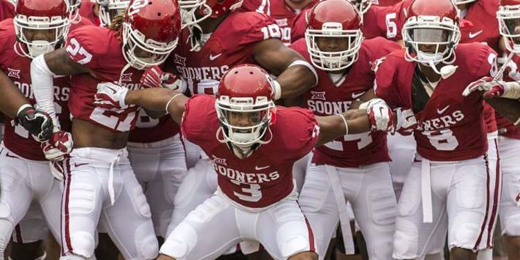Oklahoma Sooners Get Ready For A Game