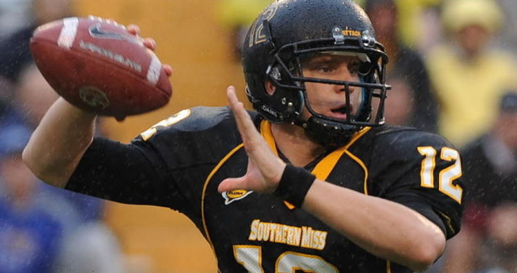 Southern Miss Golden Eagles QB Throwing Football