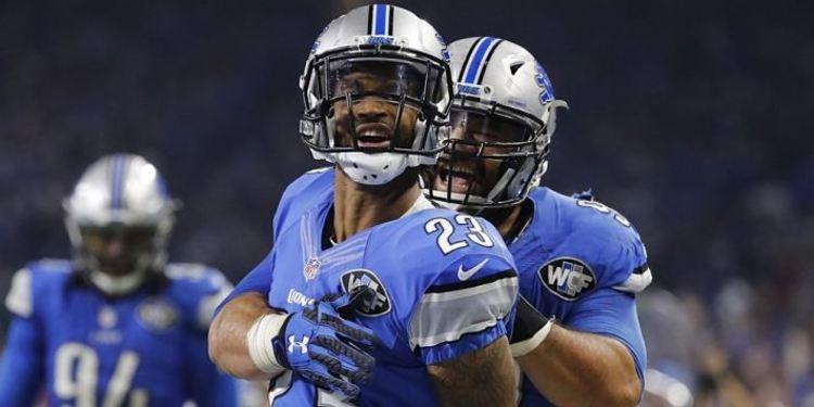 Detroit Lions players celebrating