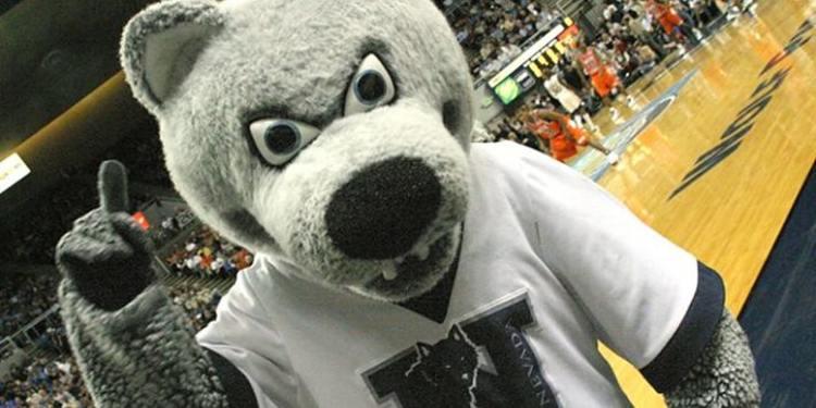Nevada Wolf Pack mascot