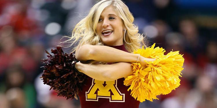 Minnesota Golden Gophers Cheerleader