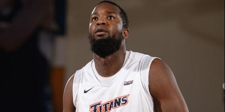 Cal State Fullerton Titans player