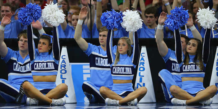 North Carolina Tar Heels cheerleaders