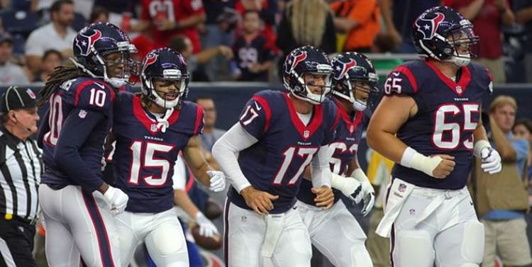 Texans players running