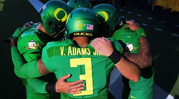 Oregon Ducks Pre Game Huddle