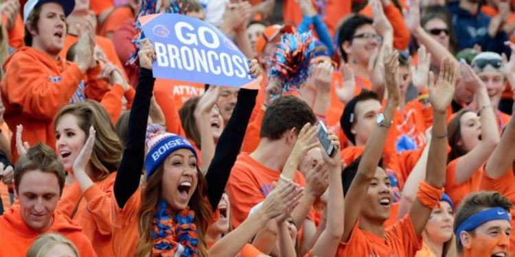 Boise State Broncos Fans Cheering For Team