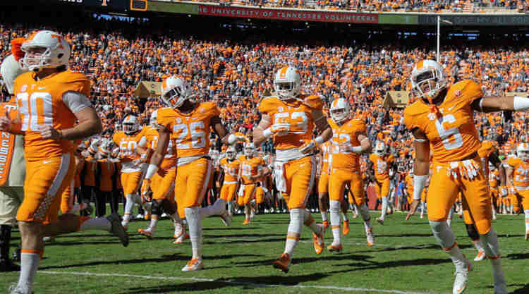Tennessee Vols Take The Field