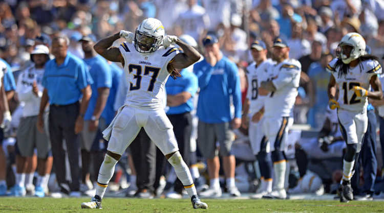 San Diego Chargers Player Flexes his muscles