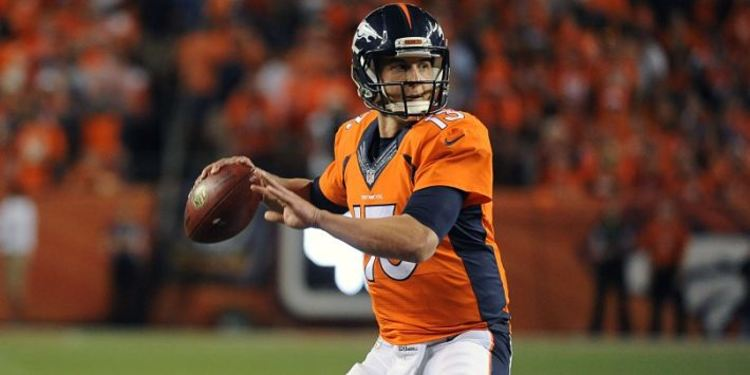 Denver's QB Trevor Siemian in action