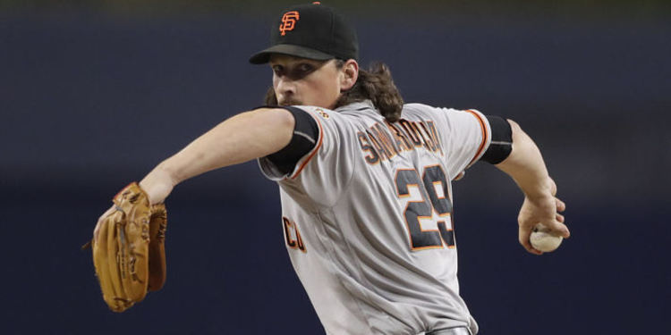 Giants pitcher Jeff Samardzija in action