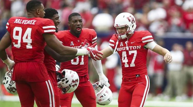 Houston Cougars celebrate big win