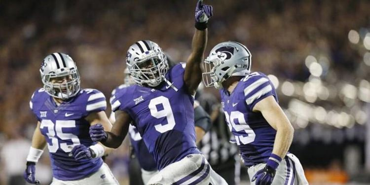 Kansas State Wildcats Players Runniing In Celebration