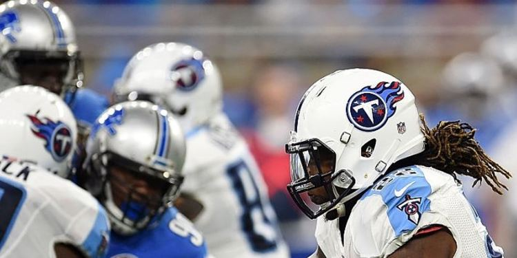 Titans' Derrick Henry #22 runs for yards