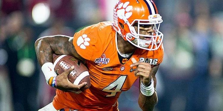 Deshaun Watson running the ball