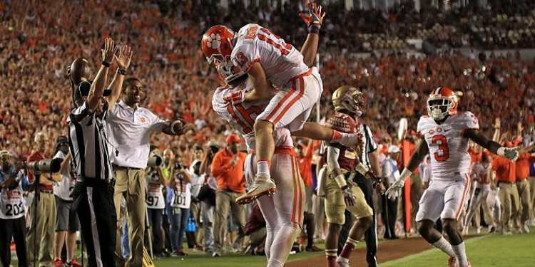 Clemson Celebrates As They Beat Florida State