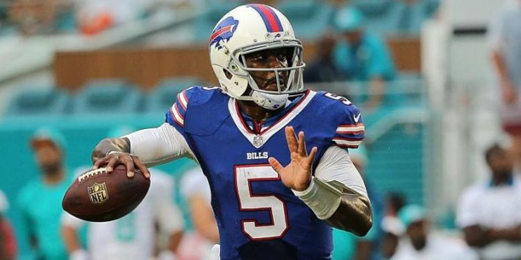 Tyrod Taylor in action