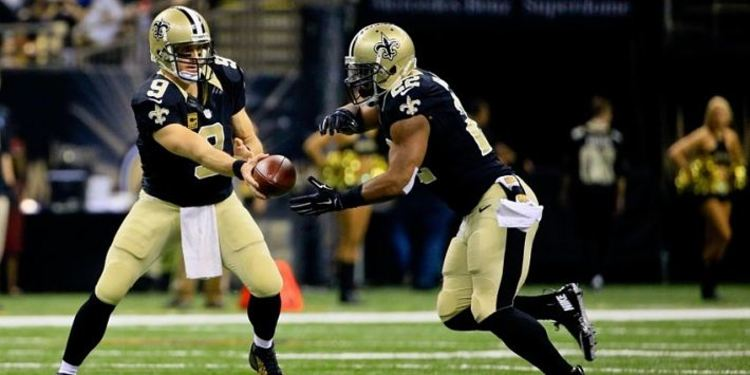 New Orleans Saints players in action