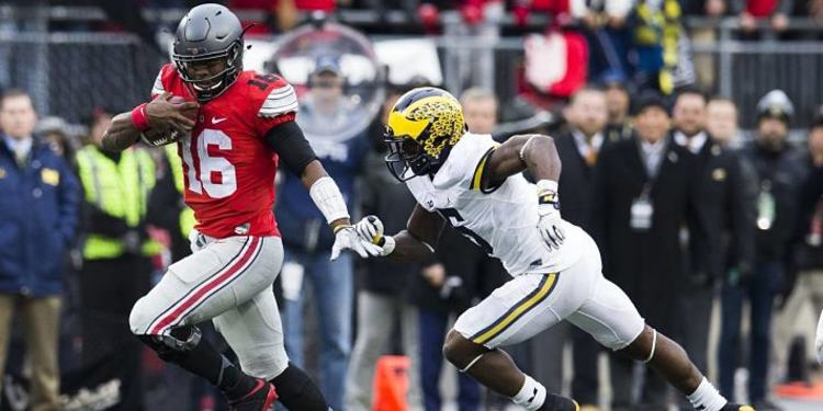 Ohio State Buckeyes Player Escaping Michigan Defender