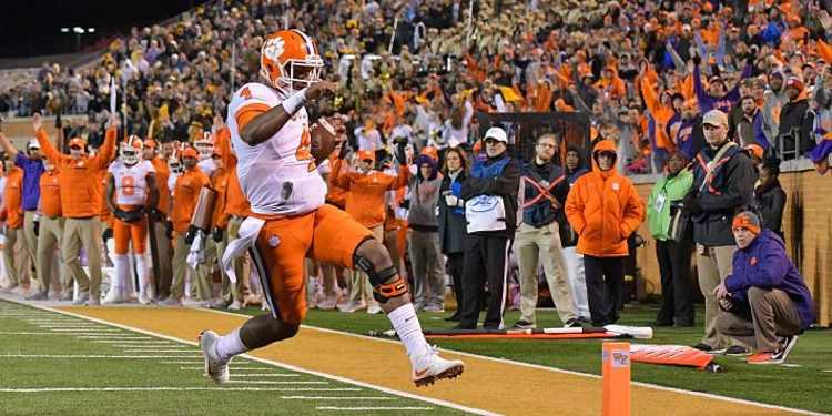 Clemson Tigers Player Rushing To End Zone