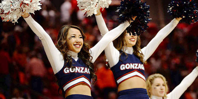 Gonzaga Bulldogs cheerleaders