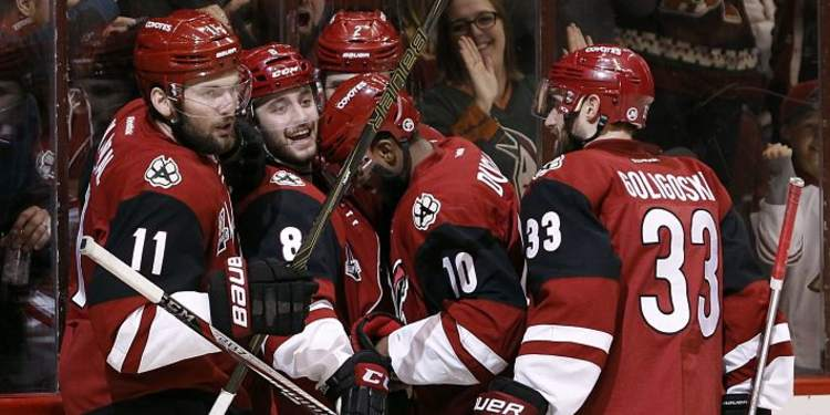 Arizona Coyotes players celebrating