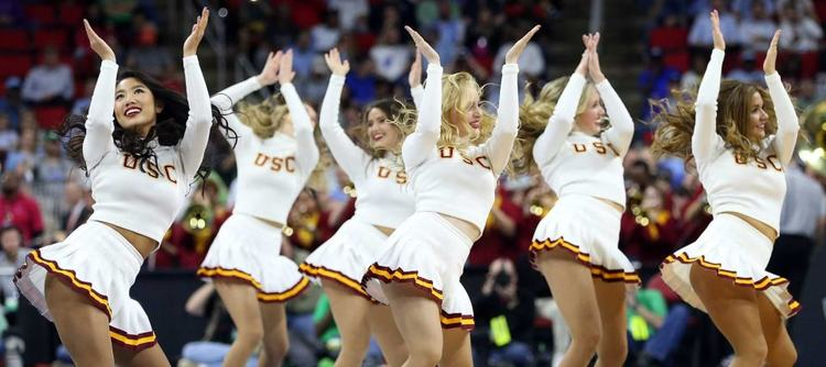 USC Trojans cheerleaders