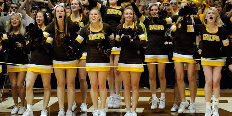 Valparaiso Cheerleaders