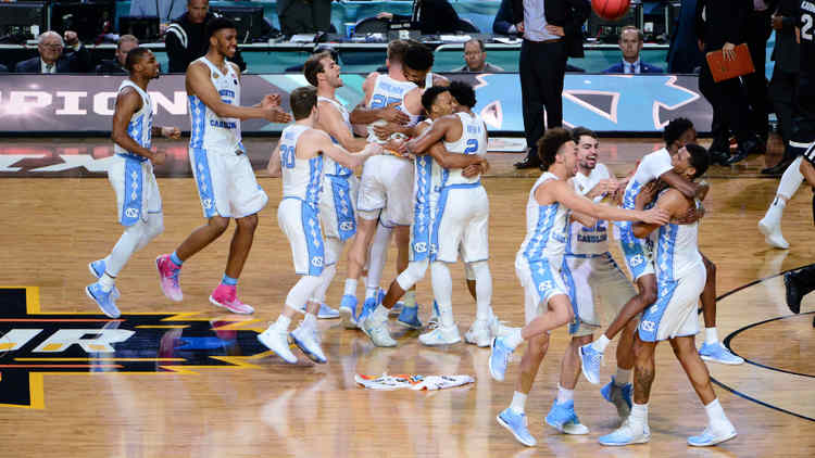 North Carolina Tar Heels players celebrating