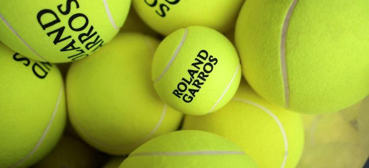 Roland Garros tennis balls