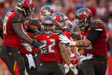 Tampa Bay Buccaneers players celebrating touchdown