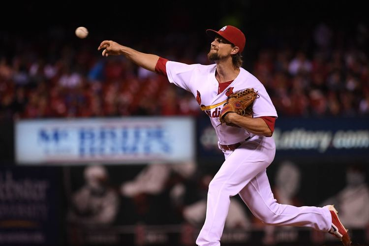 mike leake cardinals