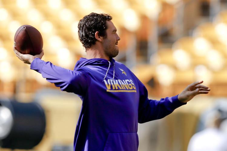 Vikings QB Sam Bradford during practice