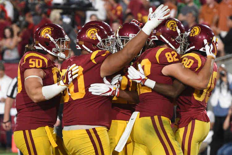USC Trojans players celebrating