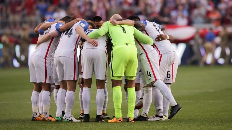 USA players gathered around