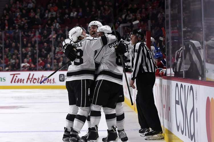 Los Angeles Kings players celebrating