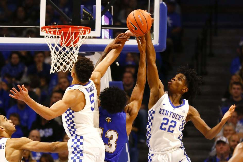 Kentucky Basketball Is Youngest Team For 2017 18 Data: Today's Free Picks 2017