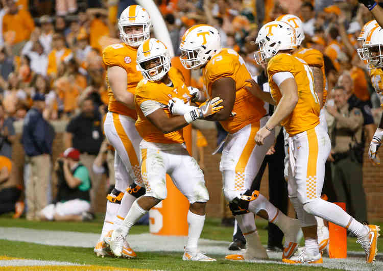 Tennessee Volunteers players in action