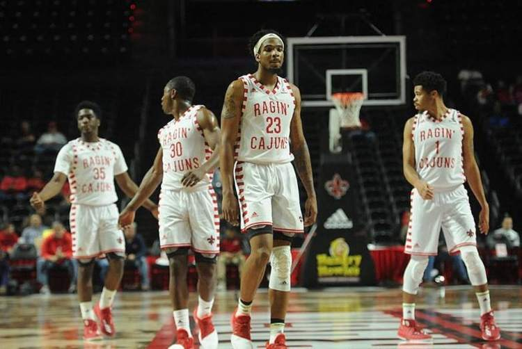 Louisiana-Lafayette Ragin' Cajuns players in action